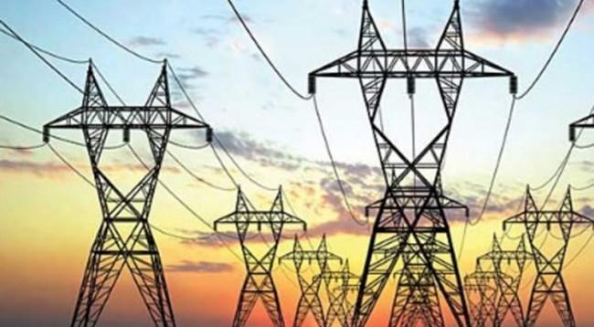 Lidhje të paligjshme të energjisë dhe ndërhyrje në matës elektrikë, arrestohen 2 persona, 1 në kërkim